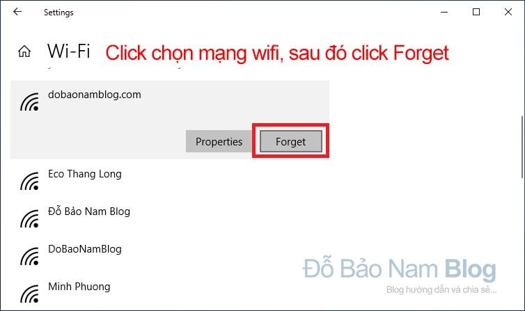 Chọn tên mạng wifi cần xóa. Sau đó, bạn click Forget.
